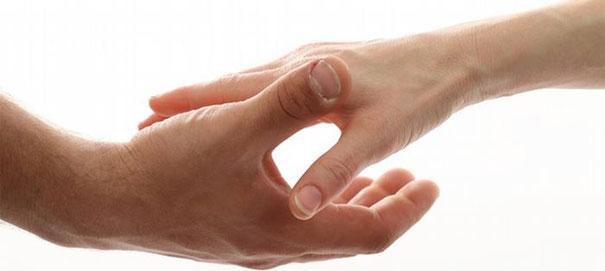 Что означают жесты: рукопожатие